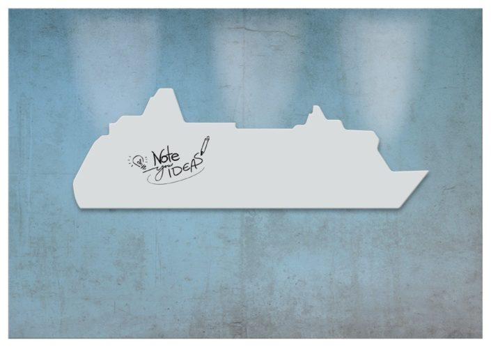 Das coolste Design-Whiteboard als Schiff