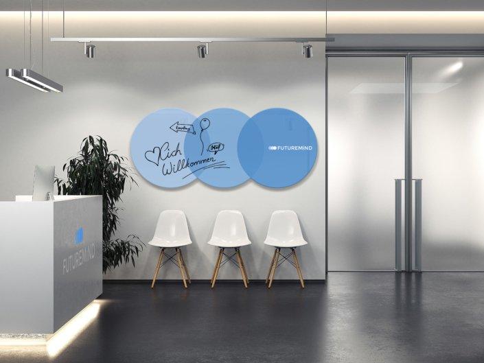 Whiteboard mit Logo